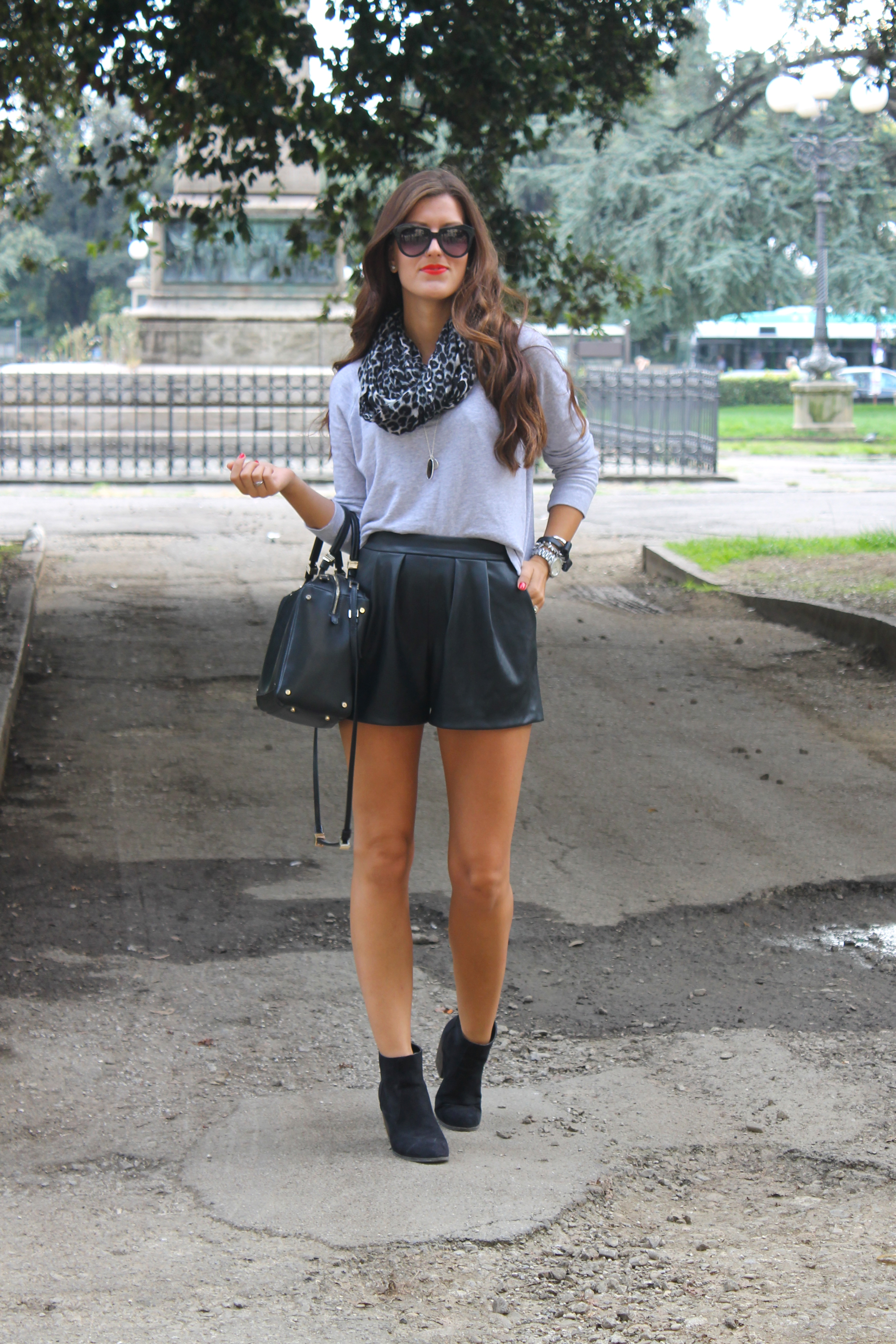 1000 Images About Style Short And Sweet On Pinterest Leather Shorts How To Wear And Black